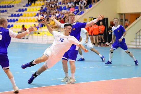 4 (TIBY Handball)